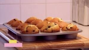 Muffins aux Pépites de Chocolat et Lait Chaud Vanillé